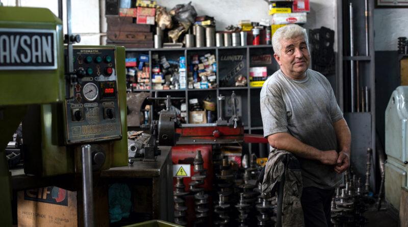 Struktury rozpadu. W jaki sposób powstaje dużo małych przedsiębiorstw.